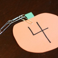 Pumpkin Paper Clip Vines. Great way to work on fine motor skills and math. {Playdough to Plato}