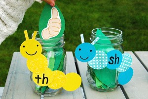 Such a fun way to teach kids beginning sounds in words. {Playdough to Plato}