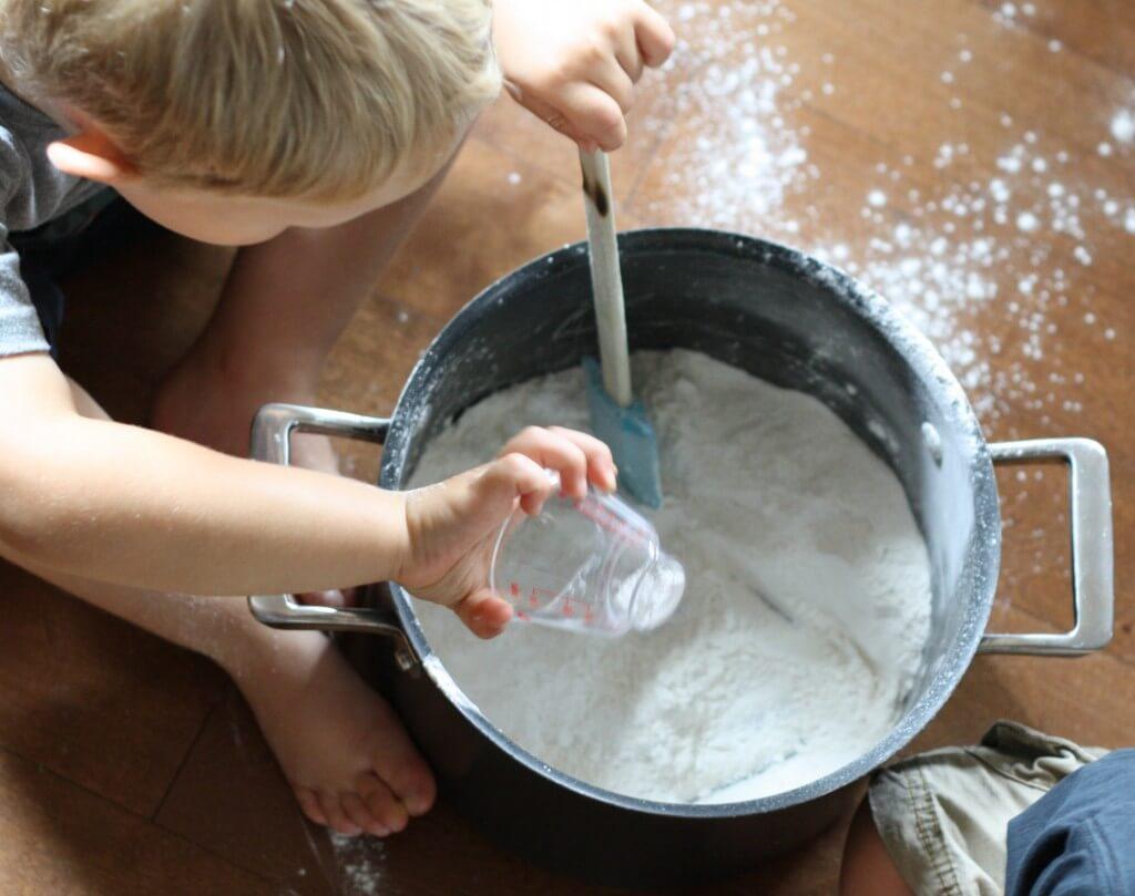 One pot playdough recipe for kids