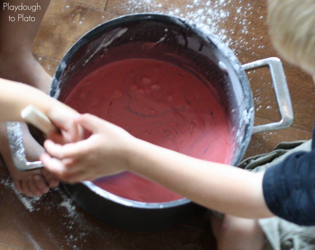 Playdough Recipe - One Pot