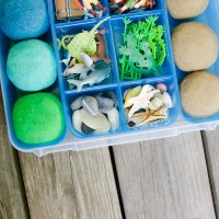 Pirate Themed Playdough Kit. I love this fun rainy day activity or DIY gift idea for kids.