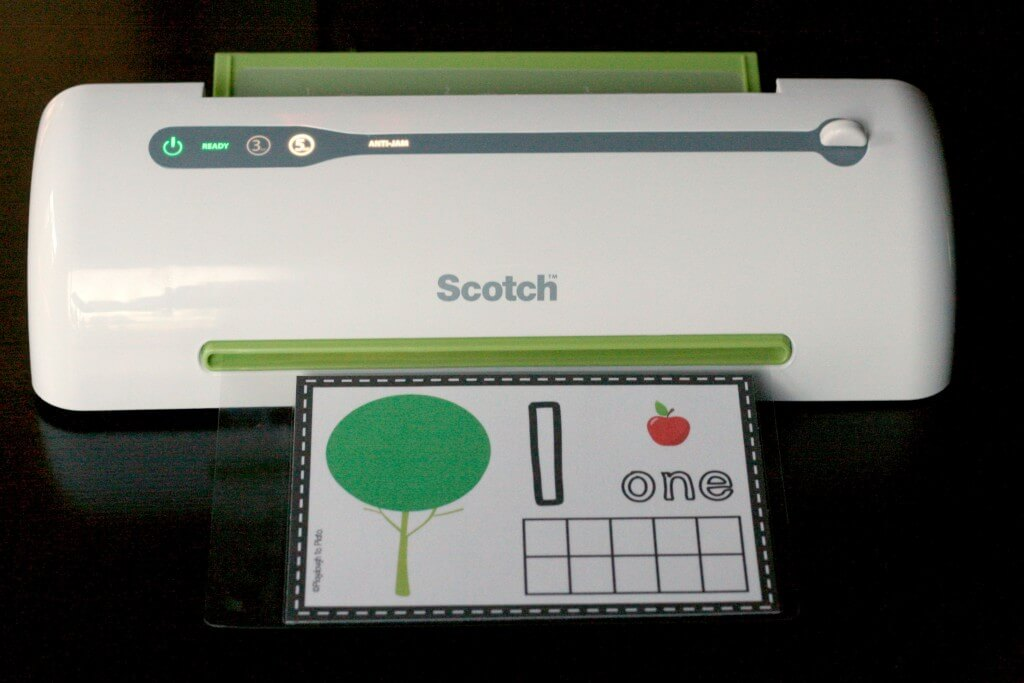 Free Apple Playdough Mats for Preschool.