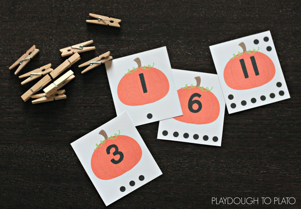 Free Count and Clip Pumpkin Cards. Such a fun preschool activity for fall!