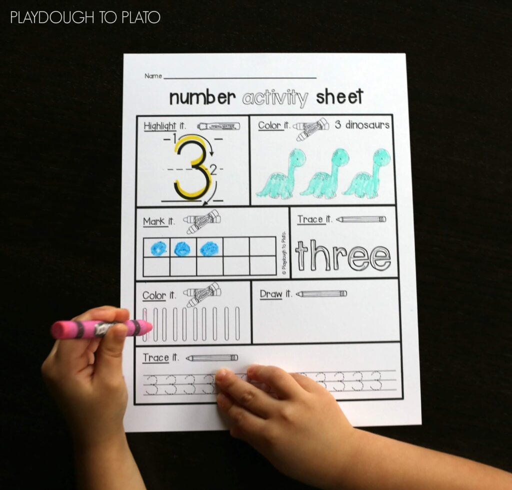 FREE Number Activity Sheet. Awesome preschool math or kindergarten math activity!!