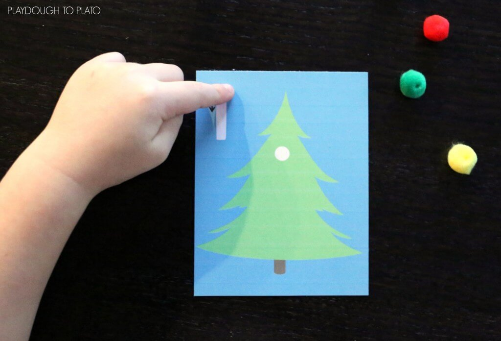 Free Christmas tree counting cards.