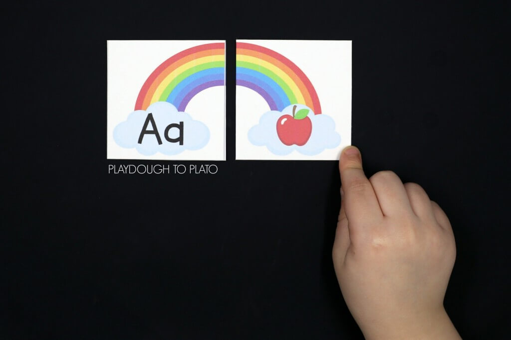 Awesome beginning sound rainbows! Match each letter with the sound it makes. Fun ABC game for preschool or kindergarten.