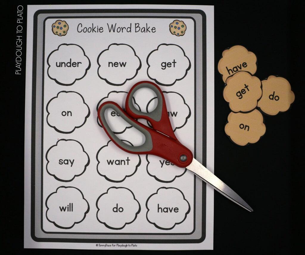 Fun sight word game for kindergarten! Bake sight word cookies.
